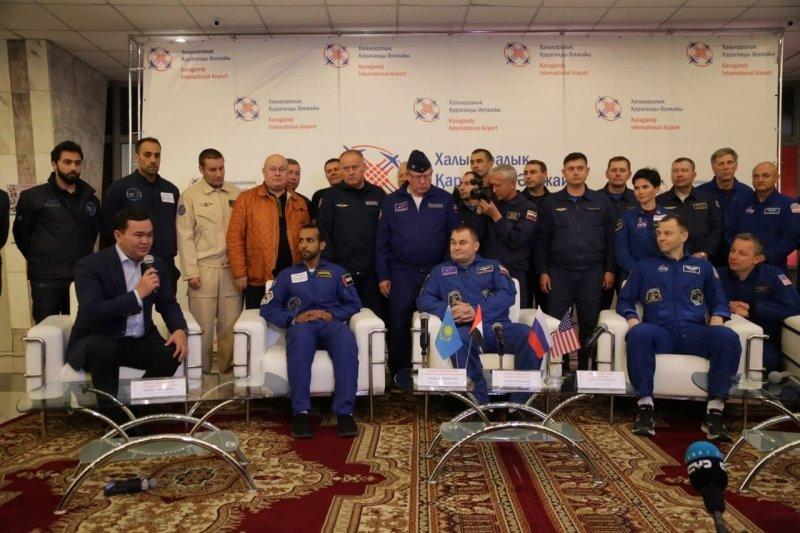 В Караганде встретили экипаж «Союза МС-12» , фото-1