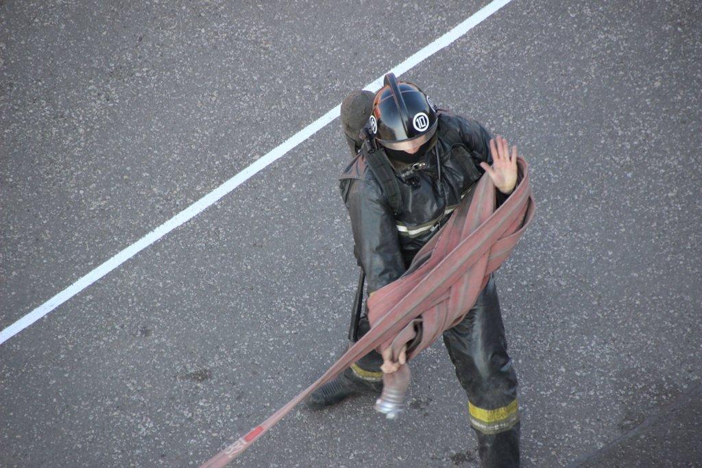 В Караганде пожарные подразделения приняли участие в соревнованиях по силовому кроссфиту, фото-6