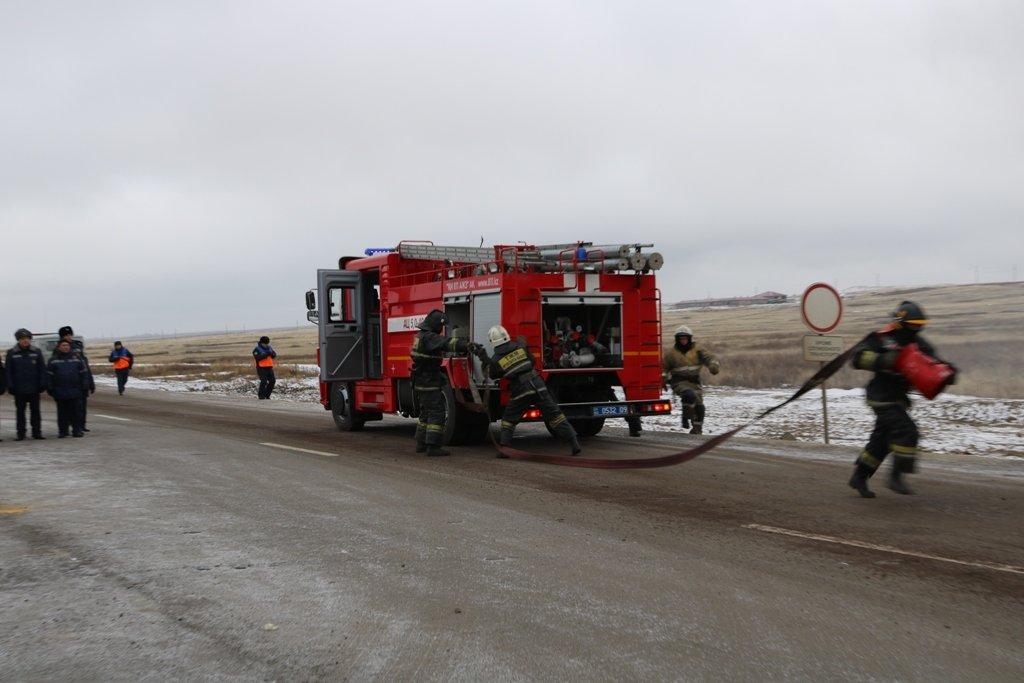 В Карагандинской области для ликвидации ЧС зимнего периода были приведены в готовность свыше 3000 человек и 1200 техники, фото-5