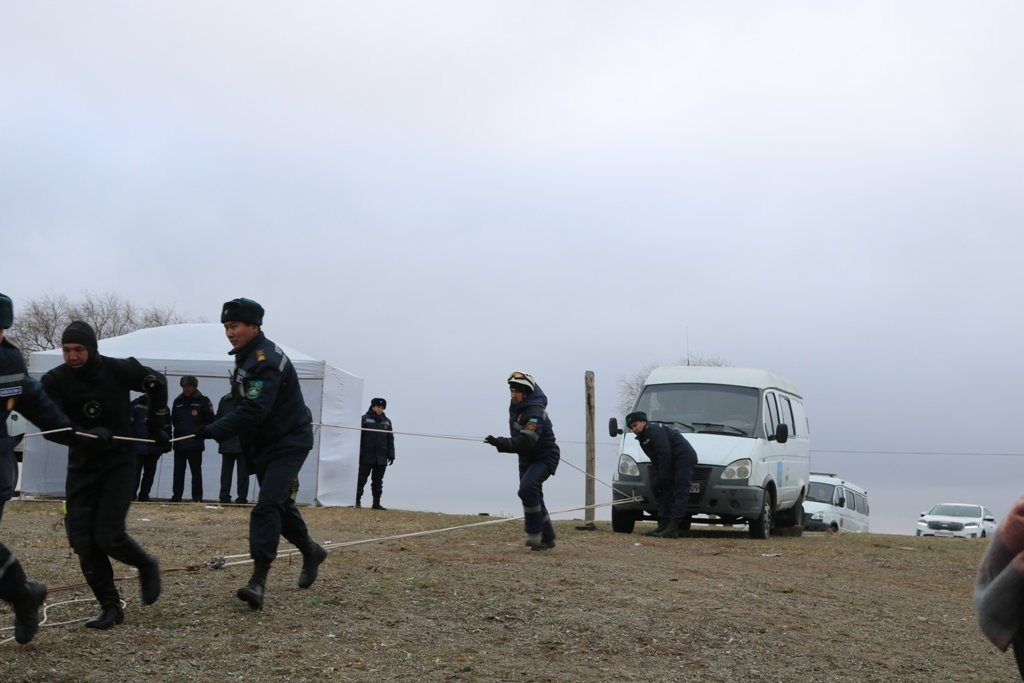 В Карагандинской области для ликвидации ЧС зимнего периода были приведены в готовность свыше 3000 человек и 1200 техники, фото-23
