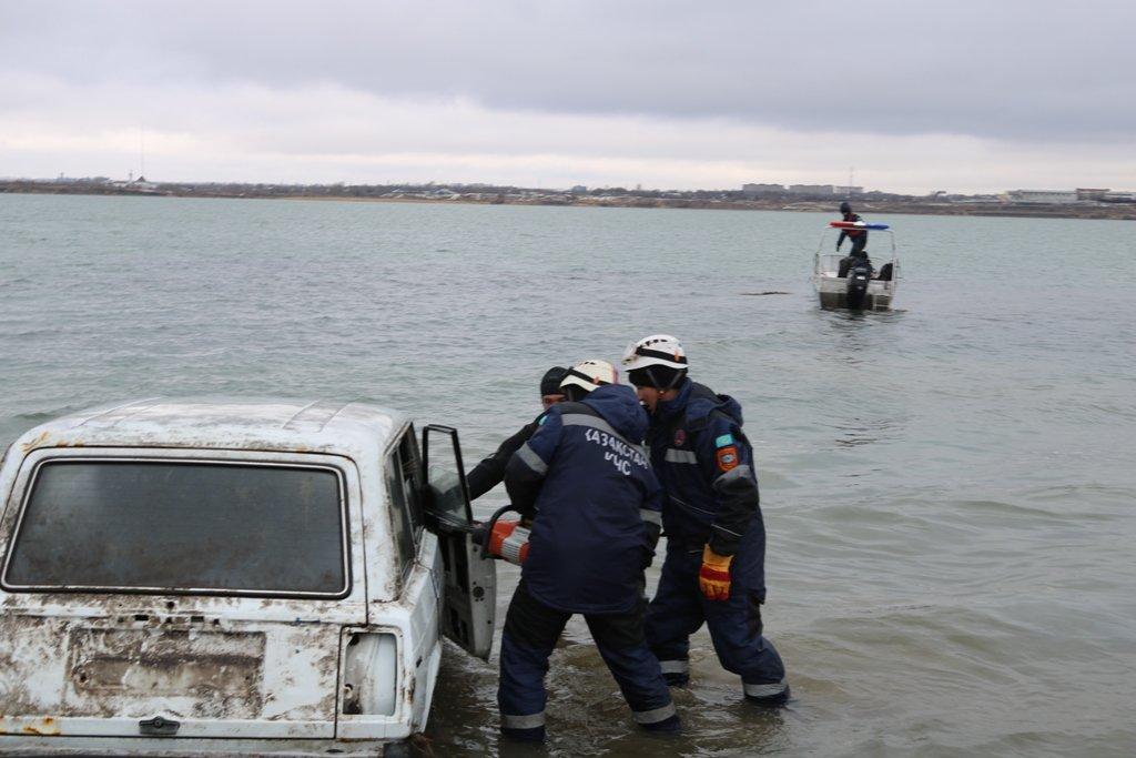 В Карагандинской области для ликвидации ЧС зимнего периода были приведены в готовность свыше 3000 человек и 1200 техники, фото-25