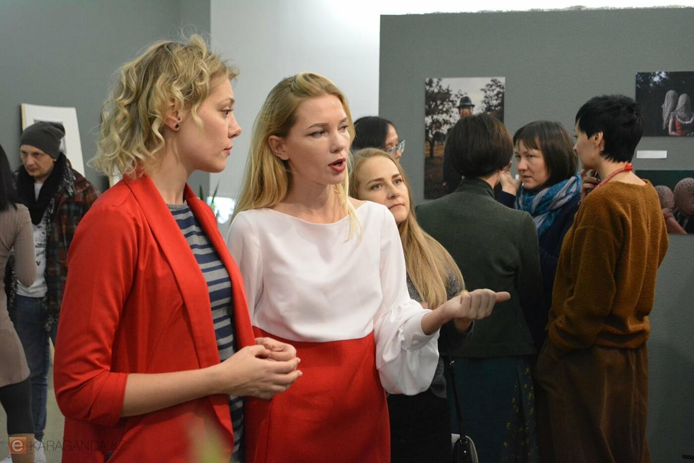 В Караганде проведена выставка «Монолог 33», фото-10