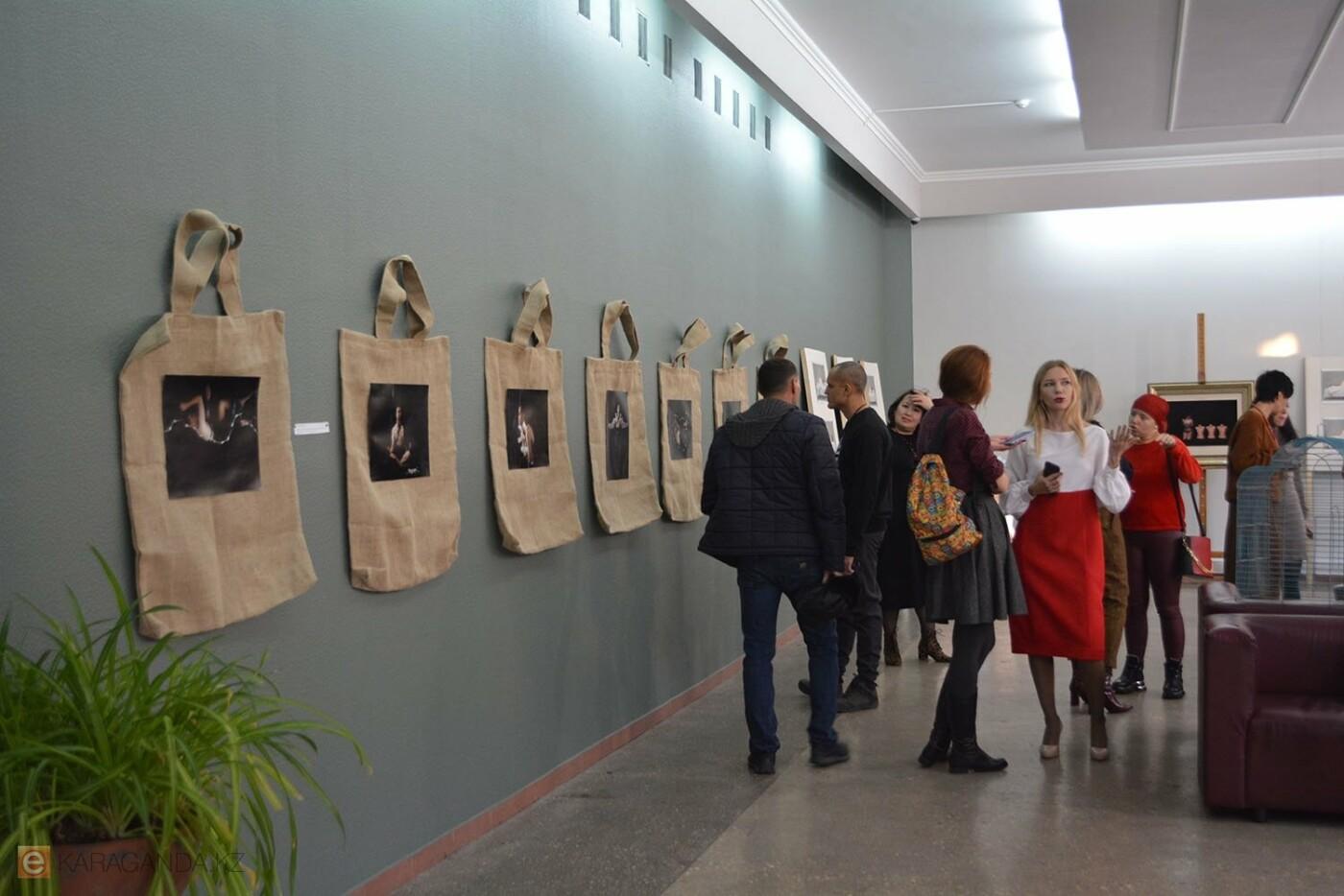 В Караганде проведена выставка «Монолог 33», фото-3