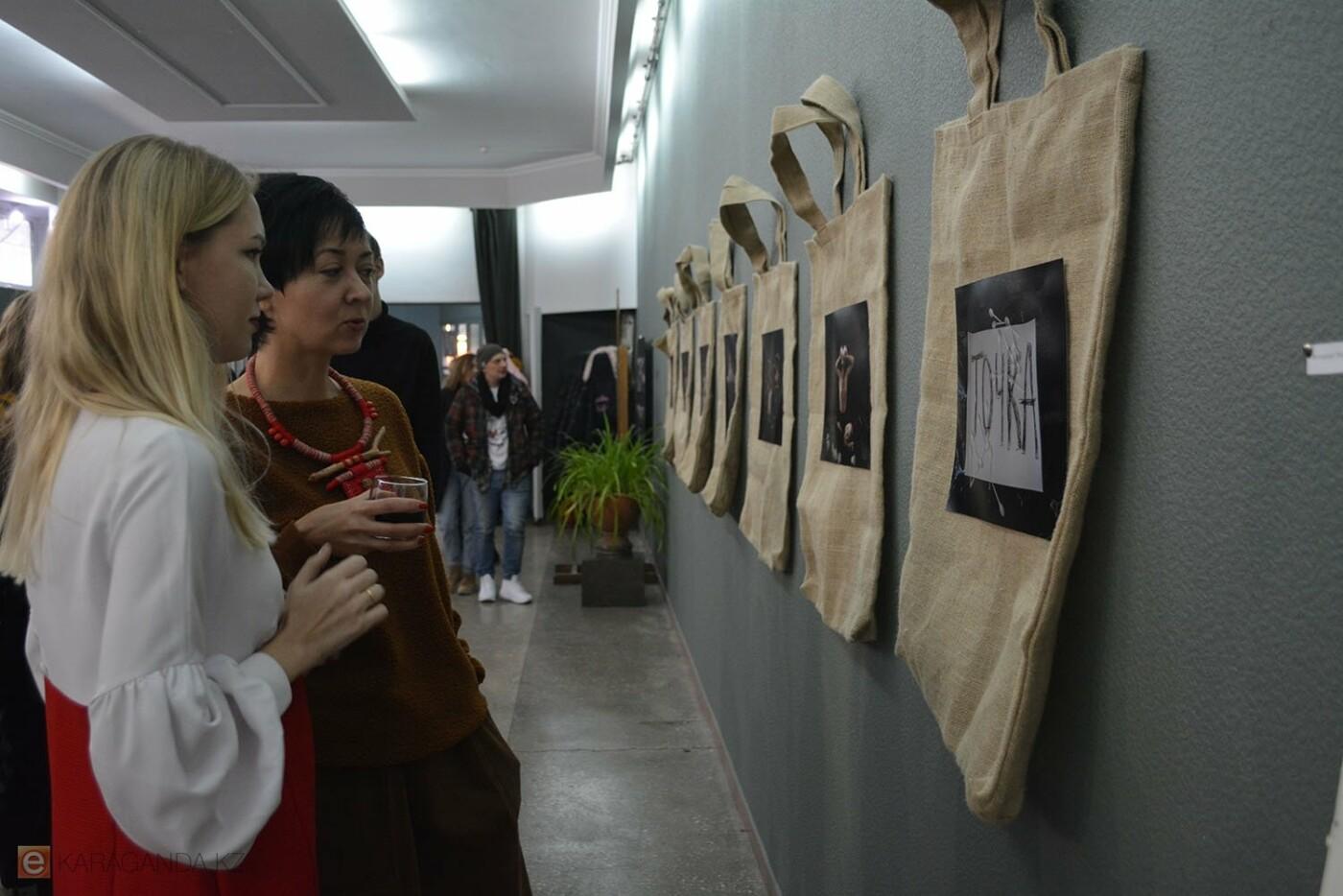 В Караганде проведена выставка «Монолог 33», фото-6