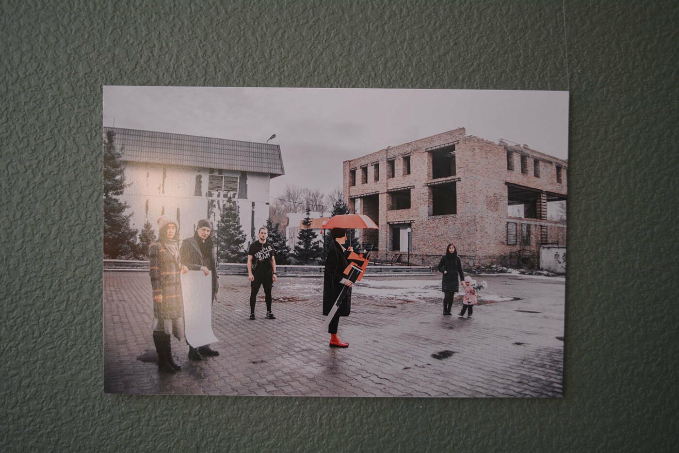 В Караганде проведена выставка «Монолог 33», фото-13