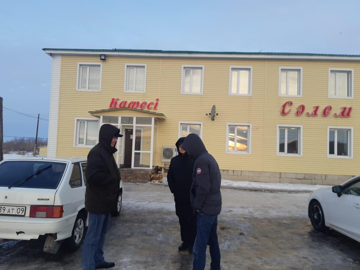 В Карагандинской области автобус с 42 пассажирами слетел в кювет (фото), фото-2