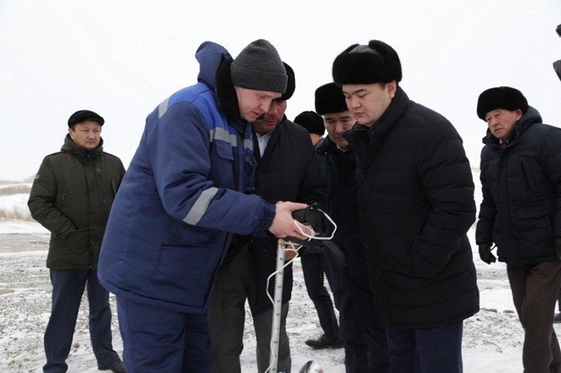 Новый гидропост в месте стока нескольких рек показали Женису Касымбеку, фото-1, @karaganda-region.gov.kz
