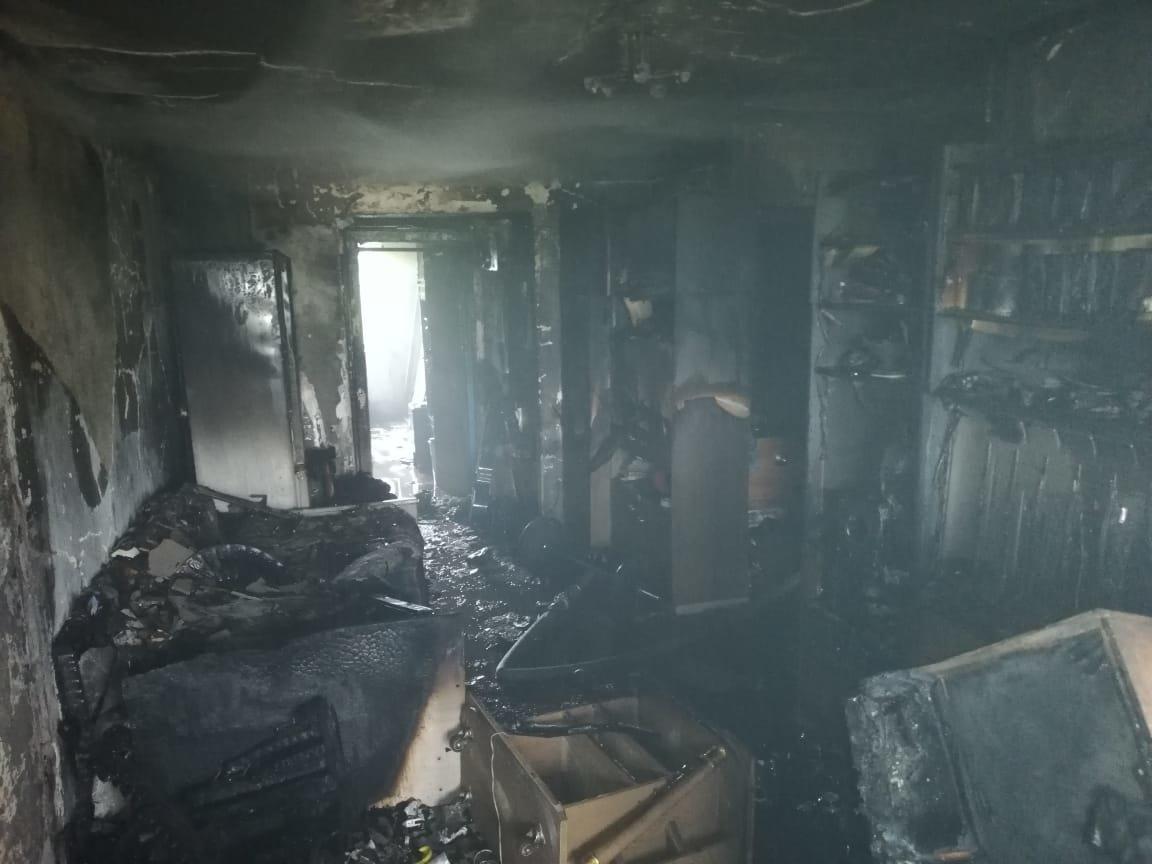 Семь человек спасли из горящей квартиры в Жезказгане, фото-4