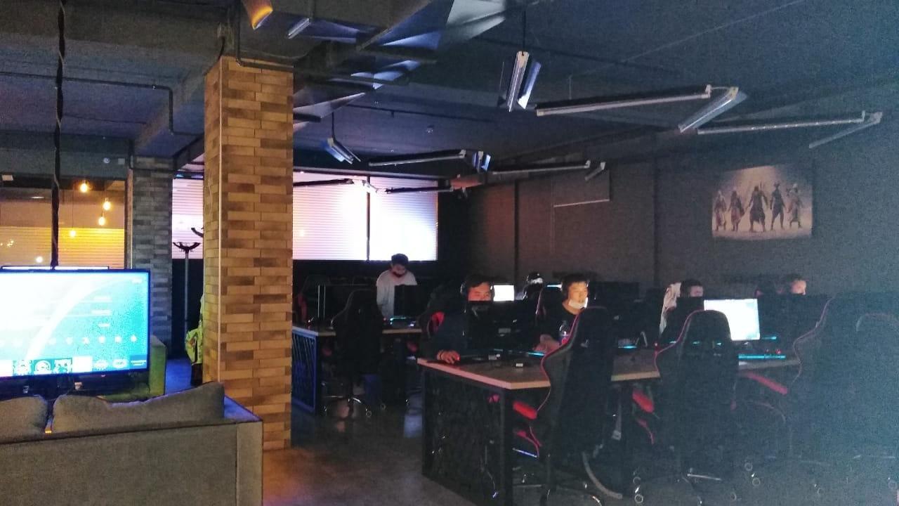 Во время карантина в Караганде работали караоке и компьютерный клуб , фото-1