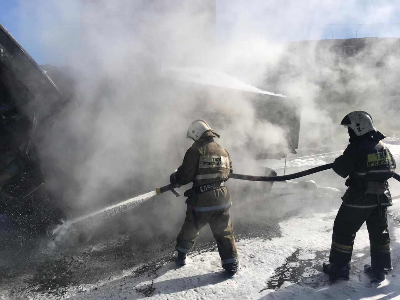 Автомобиль загорелся в Темиртау, фото-1