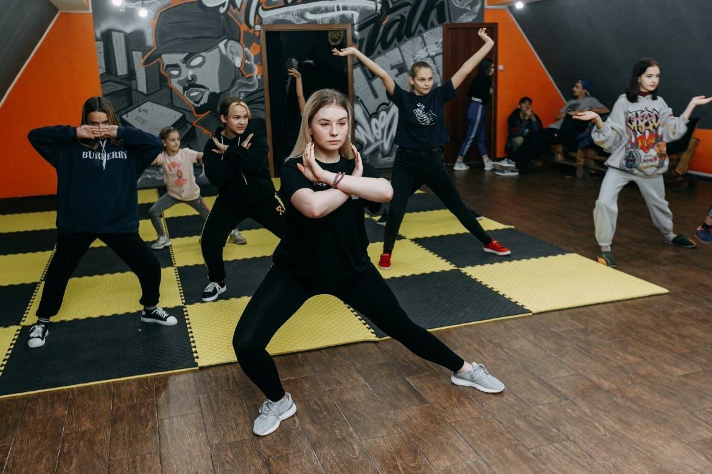 Школа современных танцев открылась в Шахтинске, фото-1